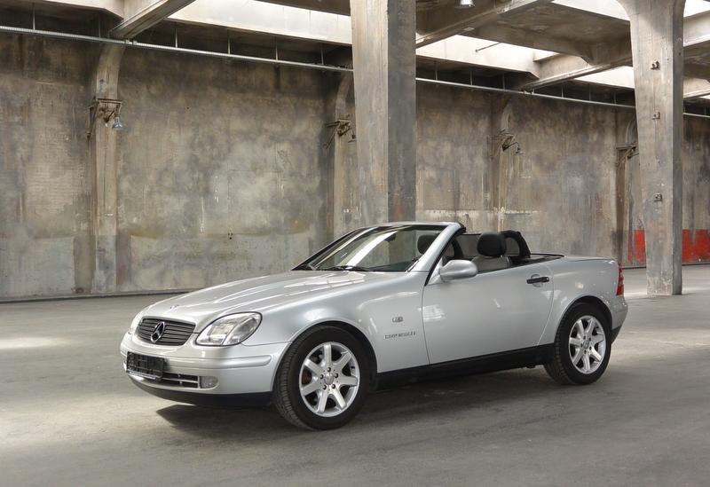 Monaco Motors München - Mercedes - Cabriolet - silber