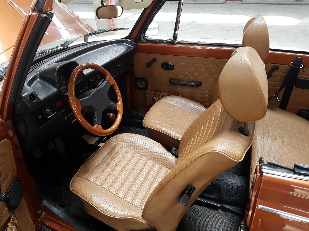Monaco Motors München - VW - Käfer - braun - Innenraum