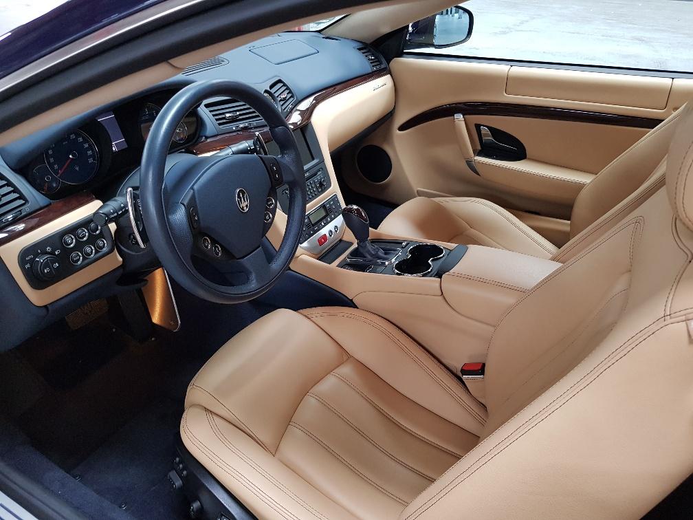Monaco Motors München - Maserati Gran Turismo - Innenraum - hell beige