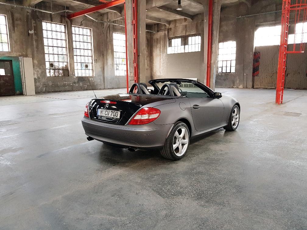 Monaco Motors München - Mercedes-Benz - SLK - grau schwarz - foliert